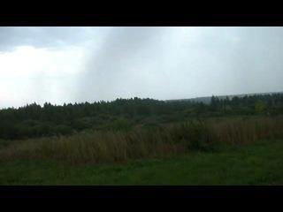 близкий удар молнии